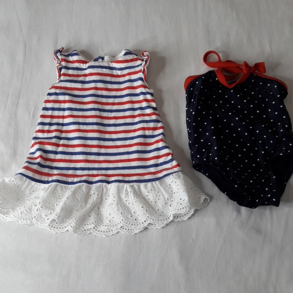 - Size 3 mo Girls Lot of 2 Long Sleeve Shirts Let it Snow; Lace Bow New